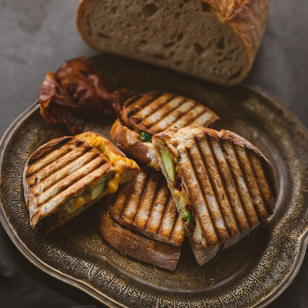 Steinofen Toscana - Rezept Avocado Bacon Grilled Cheese Sandwich (5)